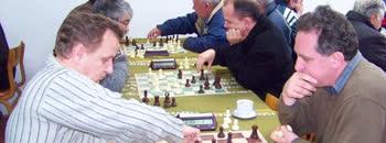 Шахистите се натпреваруваа во брзопотезна игра