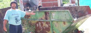 Жителите на Средорек не сакаат контејнер пред куќа