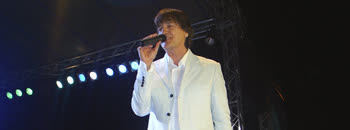 Здравко Чолиќ пееше во Сараево