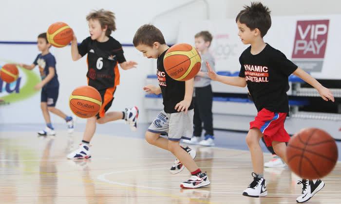 Топ 5 причини зошто вашето дете треба да спортува