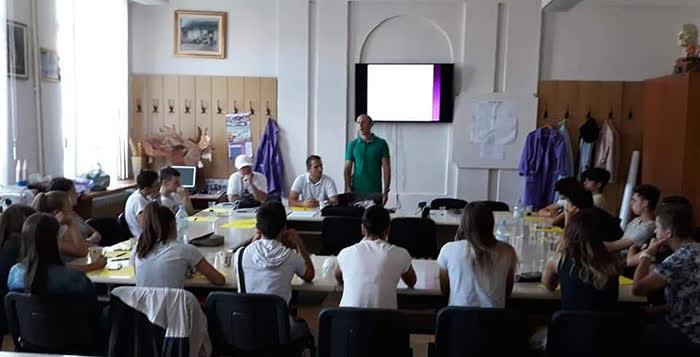 Семинар за спортските тренери и педагози во Куманово