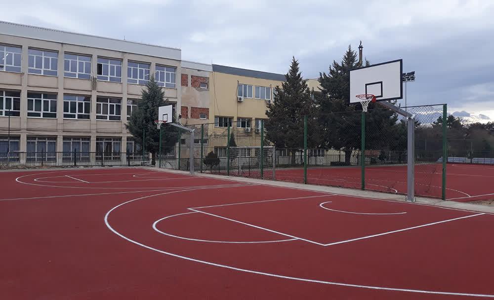 До крајот на годината ќе се градат уште 6 спортски терени, најави Димитриевски