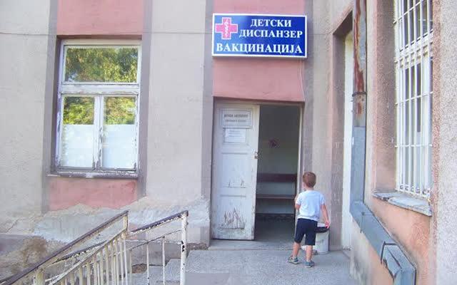 Филипче: Денеска започнува пријавувањето за вакцинирање на децата