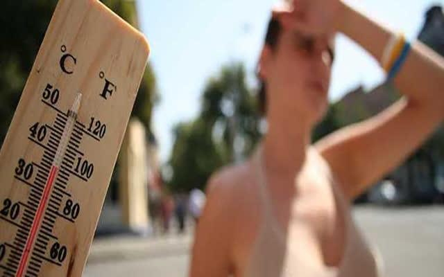 Како да препознаете топлотен удар и сончаница?