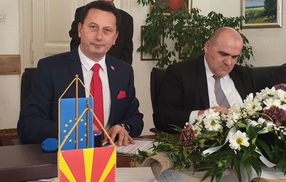 Крива Паланка се збратими со хрватската општина Жупања