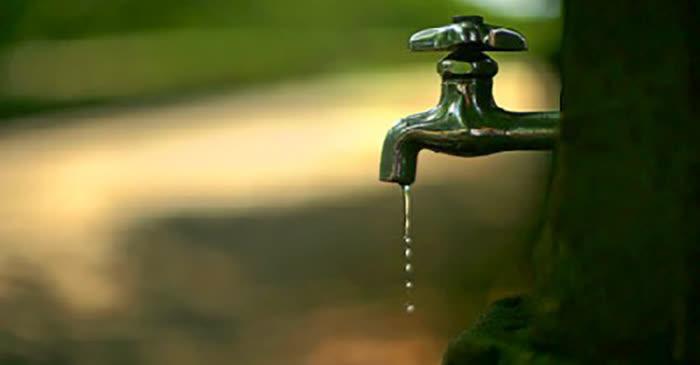 Без вода потрошувачите на повеќе локации во градот