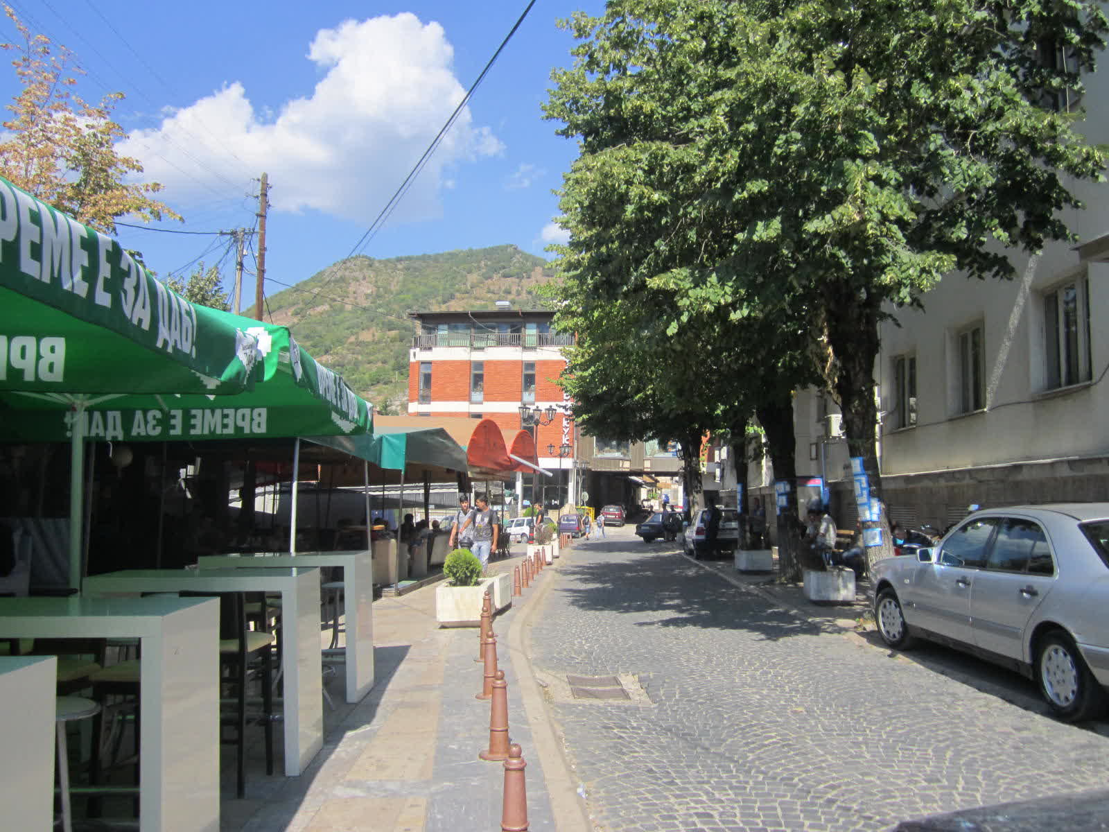 Младите од Кратово се иселуваат, им недостасува парк, кино, театар