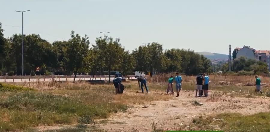 Младите и општината во заедничка акција за уредување на адреналински парк (видео)