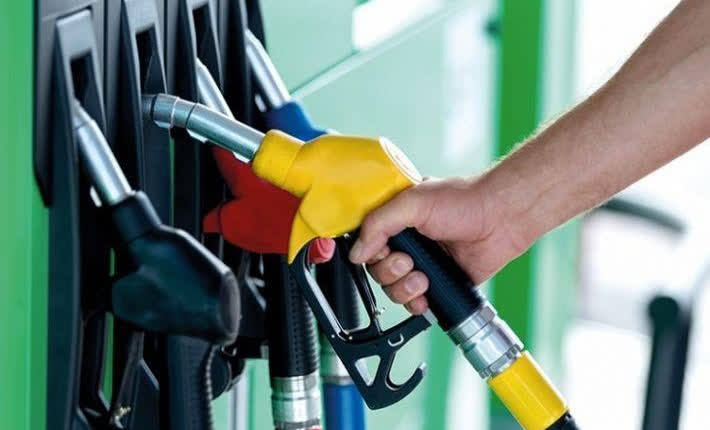 Бензините поскапуваат, цената на дизелот останува иста