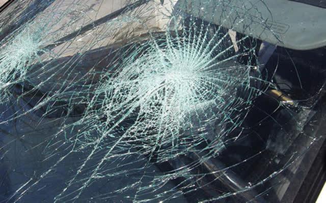 Шест лица повредени во сообраќајка на стариот пат Куманово - Скопје