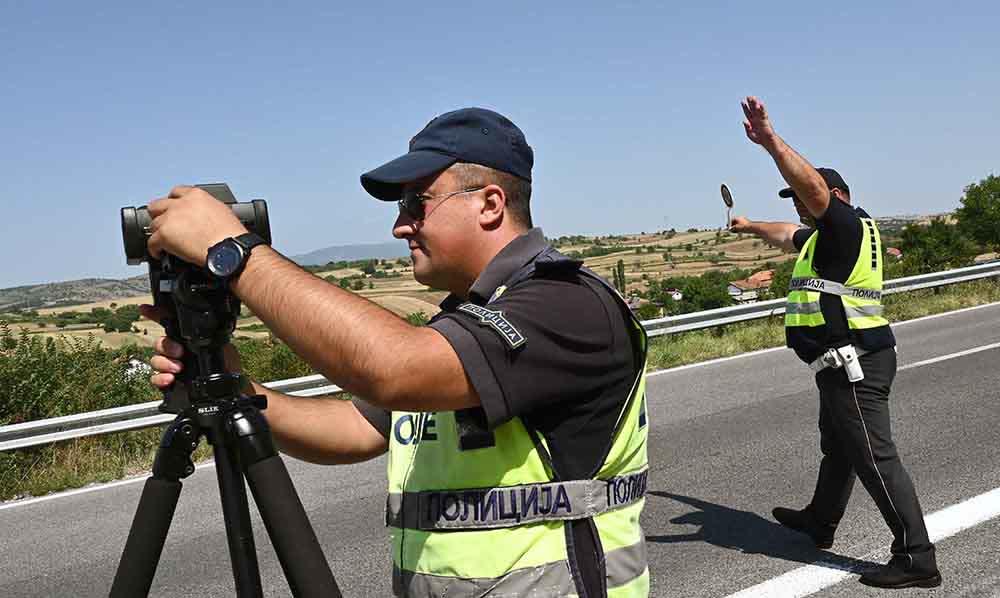 За пет часа казнети 74 возачи за пребрзо возење