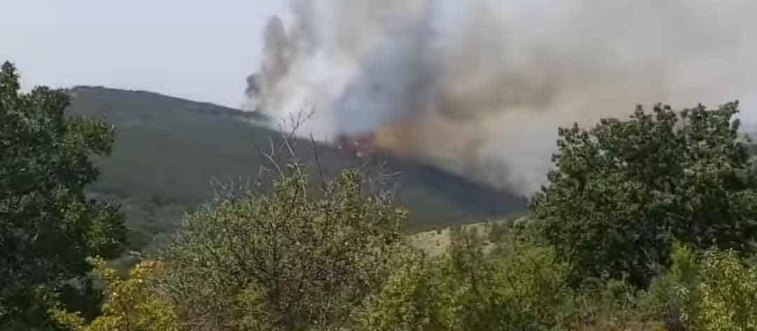 Пожарот во Кокино делумно локализиран, во Мургаш изгаснат