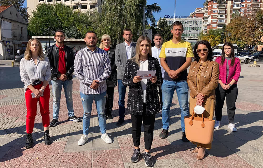 Величковска најави стипендии за најдобрите средношколци и спортисти