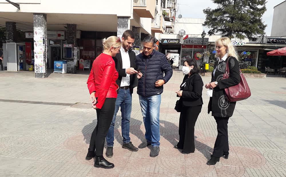 """Давидовиќ најави пешачка зона од училиштето """"Браќа Миладиновци"""" до крајот на """"Ленинова"""""""