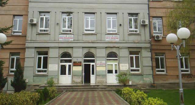 Во скринингот за ковид-19 опфатени 364 основни и 109 средни училишта