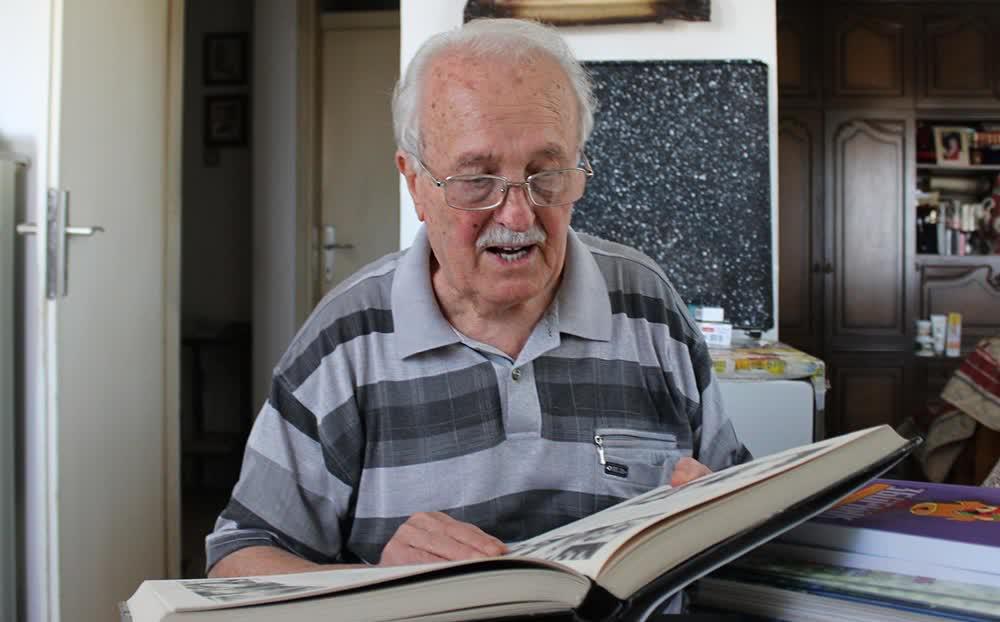 Почина Добривоје Стошиќ, професор по српски јазик во пензија