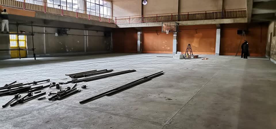Се обновуваат спортските објекти во кривопаланечките училишта