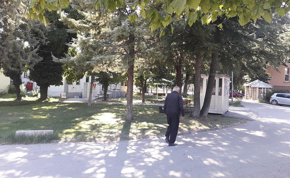 Уште тројца починати и 52 нови случаи на ковид-19 во Куманово