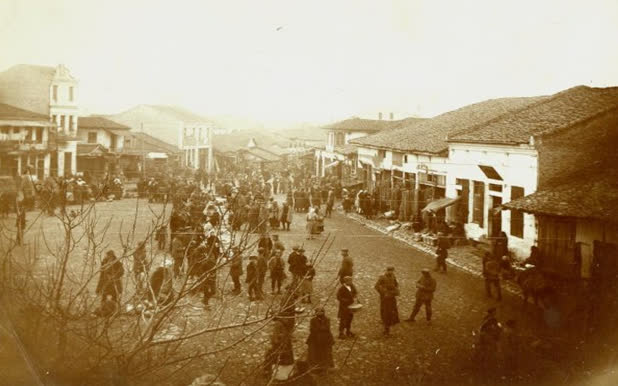 Пописите на населението на Куманово од 1900 до 2002 година